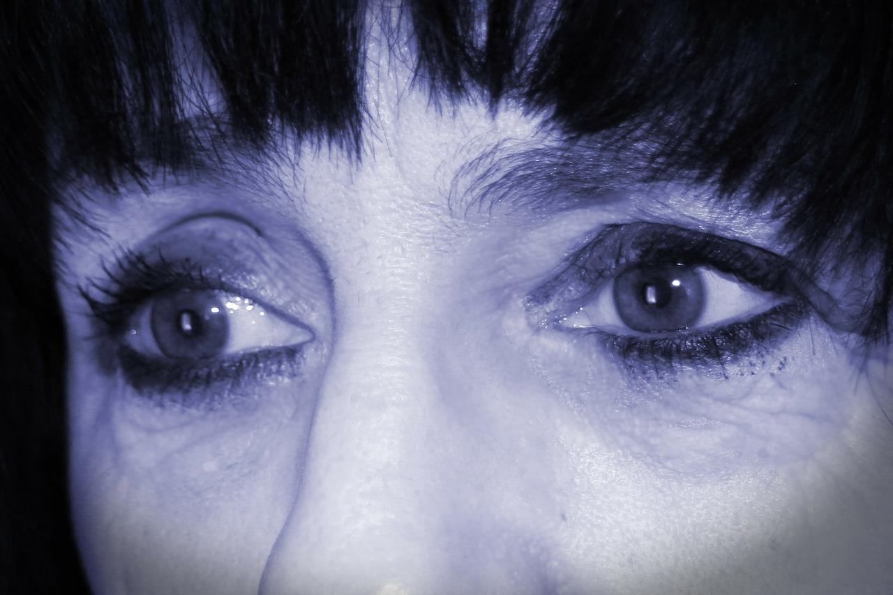 eyes-335904_1280